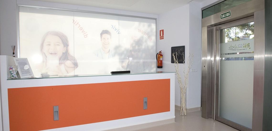 Clínicas dentales especializada en blanqueamiento dental en Alcorcón