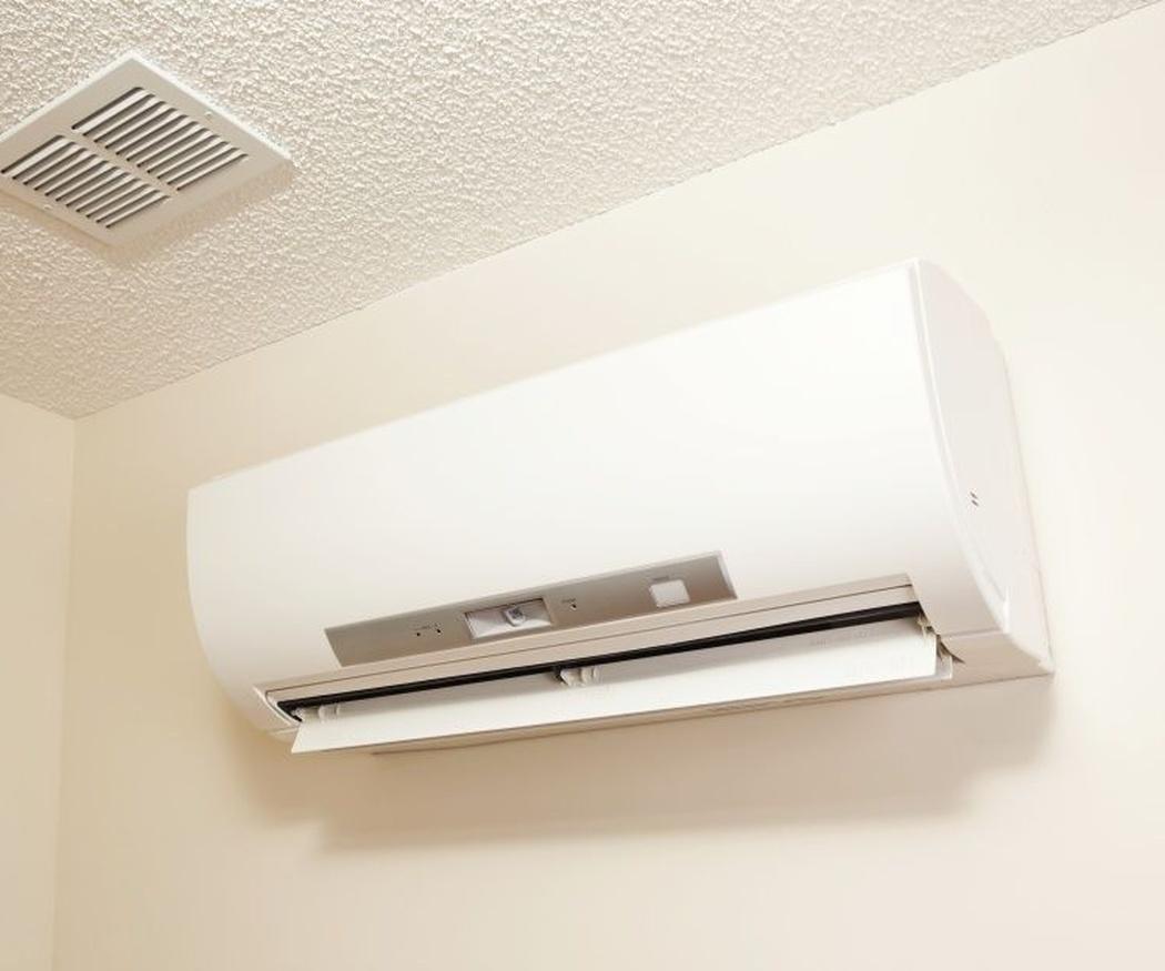 ¿Se puede encender el aire acondicionado con un bebé en la casa?