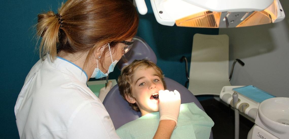 Ortodoncia invisible a un precio ajustado en Torrent