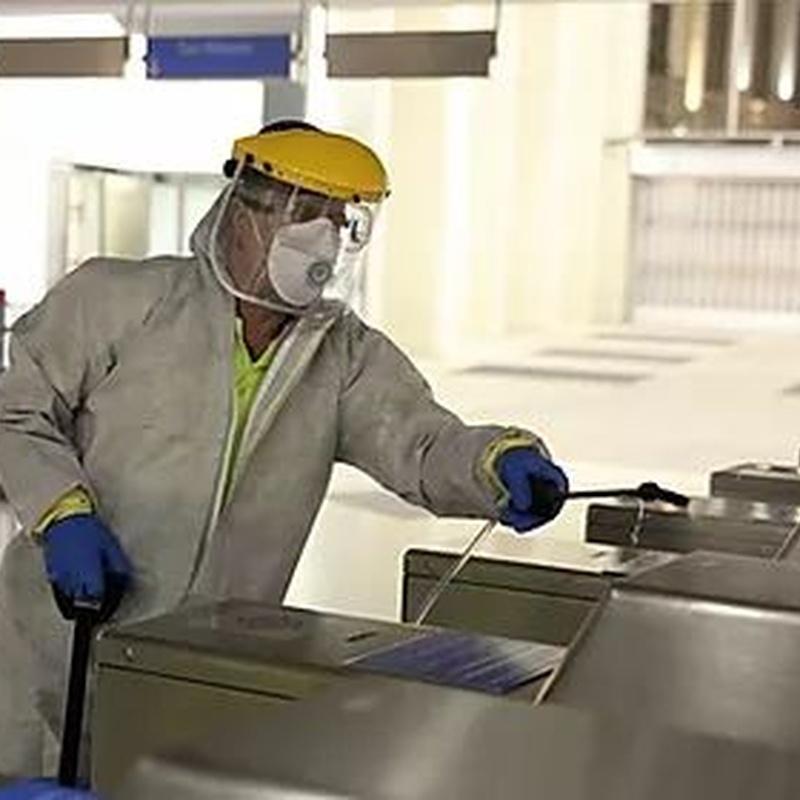 Pulverización de desinfectante: Tratamientos de Anfe Limpieza y Desinfección