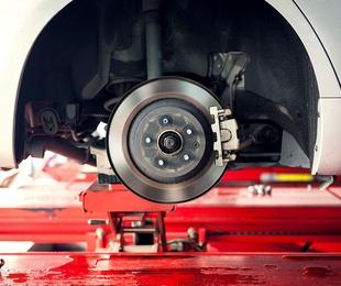 Mantenimiento de suspensiones y frenos
