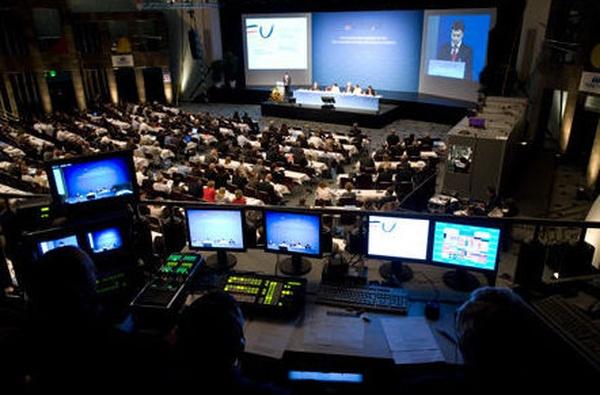 Realización y Streaming: Servicios Audiovisuales de Elison