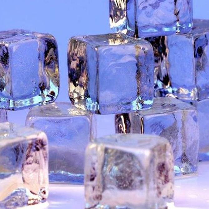 La importancia del hielo en coctelería