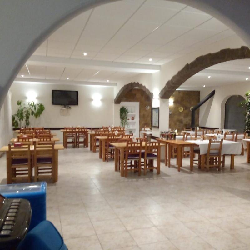 Reapertura del restaurante: Servicios de Restaurante y Hostal     Ses Arcades
