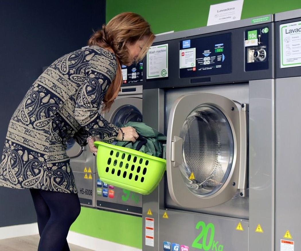 En qué se diferencia una lavadora convencional de una industrial