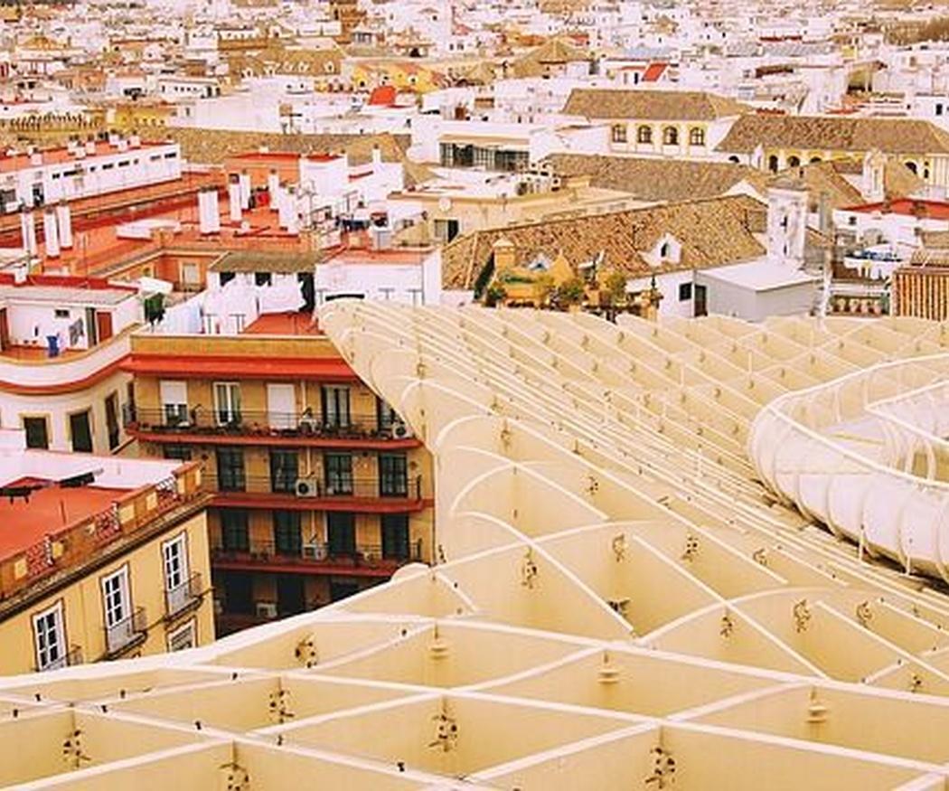 Sevilla, una ciudad que da permiso al aire acondicionado