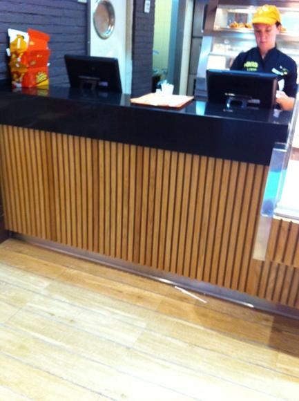 Fabricación y montaje mobiliario comercial