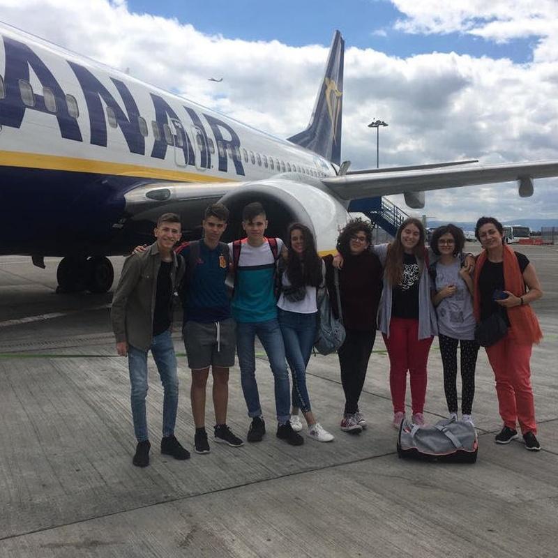Cursos en el extranjero para jóvenes (de 12 a 17 años): Catálogo de Piccadilly Idiomas