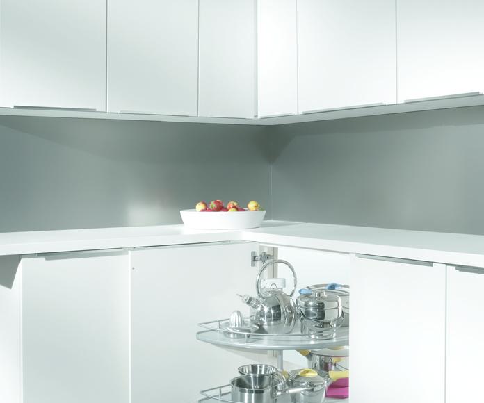 7D . Viste tu mueble . Accesorios - Armarios de rincón: Catálogo de Diseño Cocinas MC