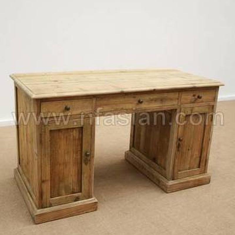 Mesa escritorio BR 377WB328:  de Ste Odile Decoración