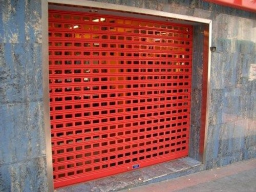 Fotos de Cierres y puertas metálicas en Madrid | Talleres Chacón