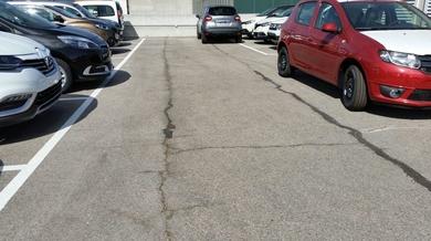 Parking Exterior de Concesionario Renault en Madrid Sur.