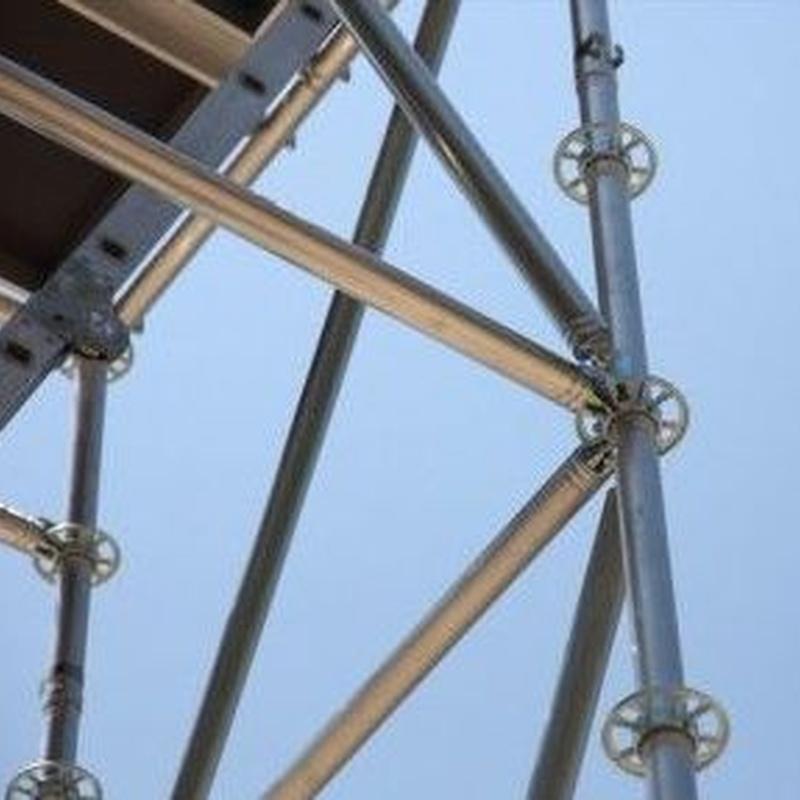 Andamios metálicos tubulares: Productos y servicios de Alquileres Nevada