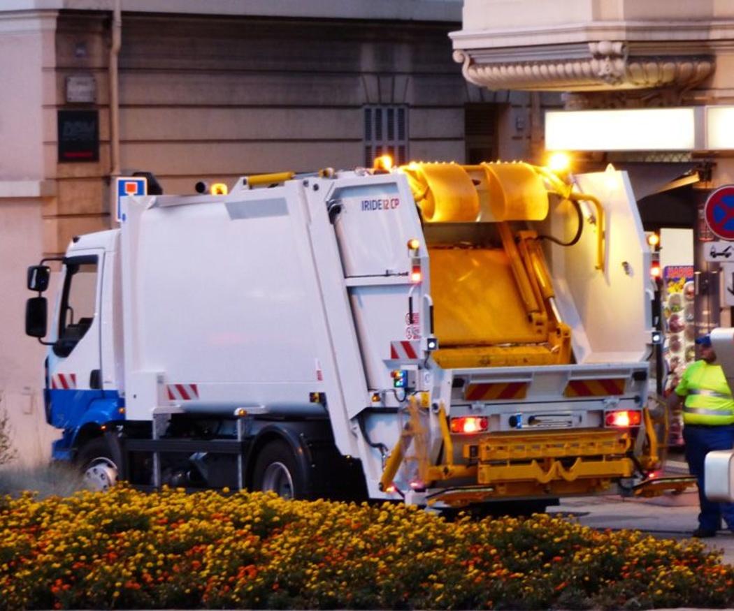 Camiones cuba para labores de limpieza y desatasco