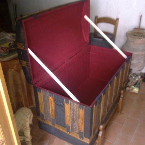 Interior de cofre restaurado