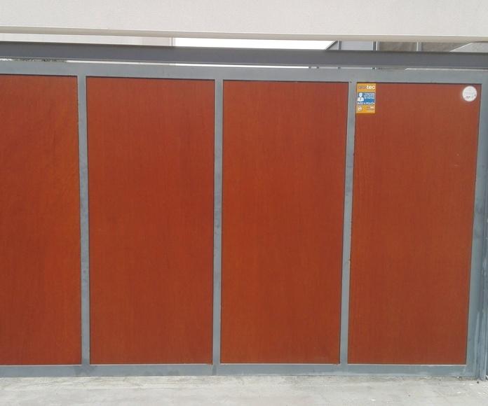 automatización de puerta batiente residencial en torrent motor electromecánico fotocélula