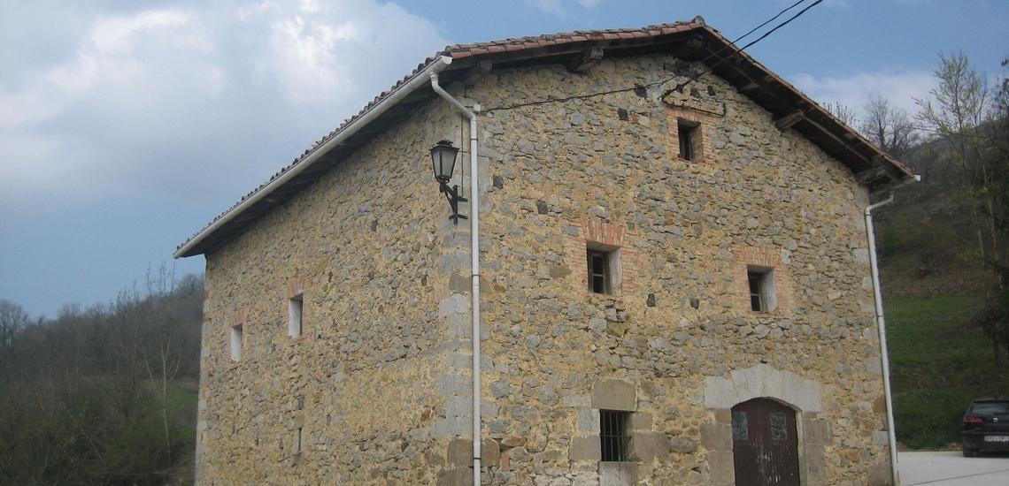 Rehabilitación de fachadas en piedra en Lekunberri