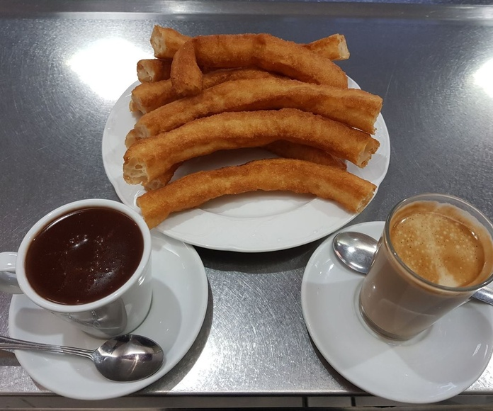 chocolate con churros Viladecans |BAR CHURRERÍA D'TAPAS