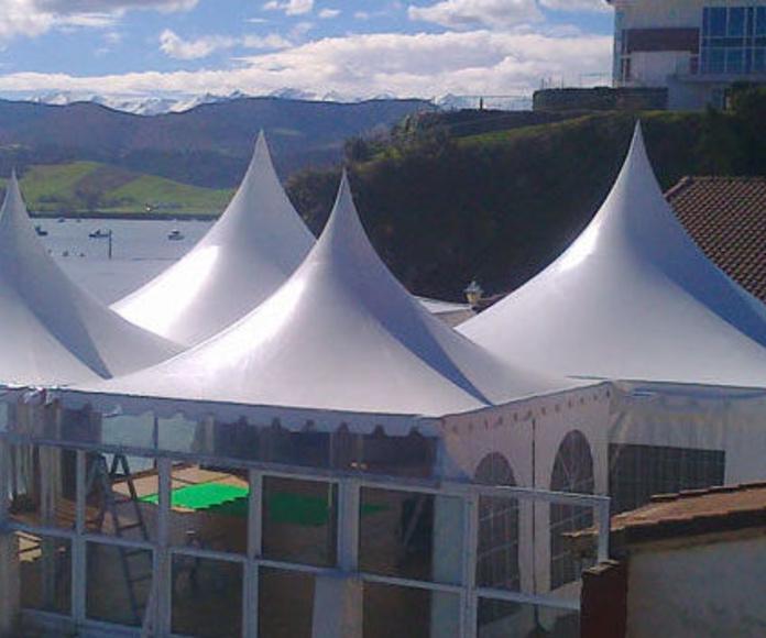 Instalación de carpas transparentes para eventos