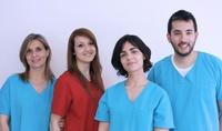 Equipo veterinario y auxiliar