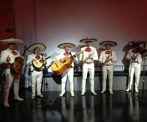 Grupo completo de mariachis para eventos en Madrid