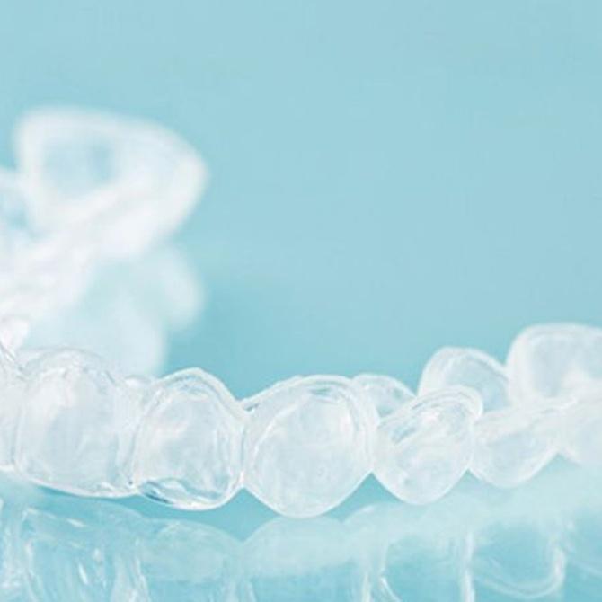 Consejos para mantener y cuidar la ortodoncia invisible
