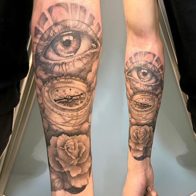 Tatuajes de realismo: Tattoo y exposiciones de Soulpeckers Tattoo & Gallery