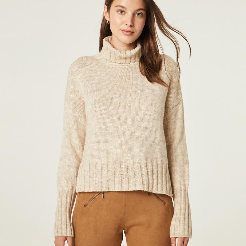 Jersey de lana cuello vuelto: Catálogo de Manuela Lencería
