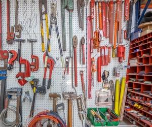 Diferentes herramientas con las que realizamos nuestro trabajo diario
