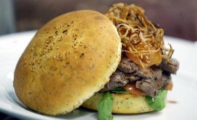 Alerta por el alto contenido en gluten en hamburguesas distribuidas en la Comunidad