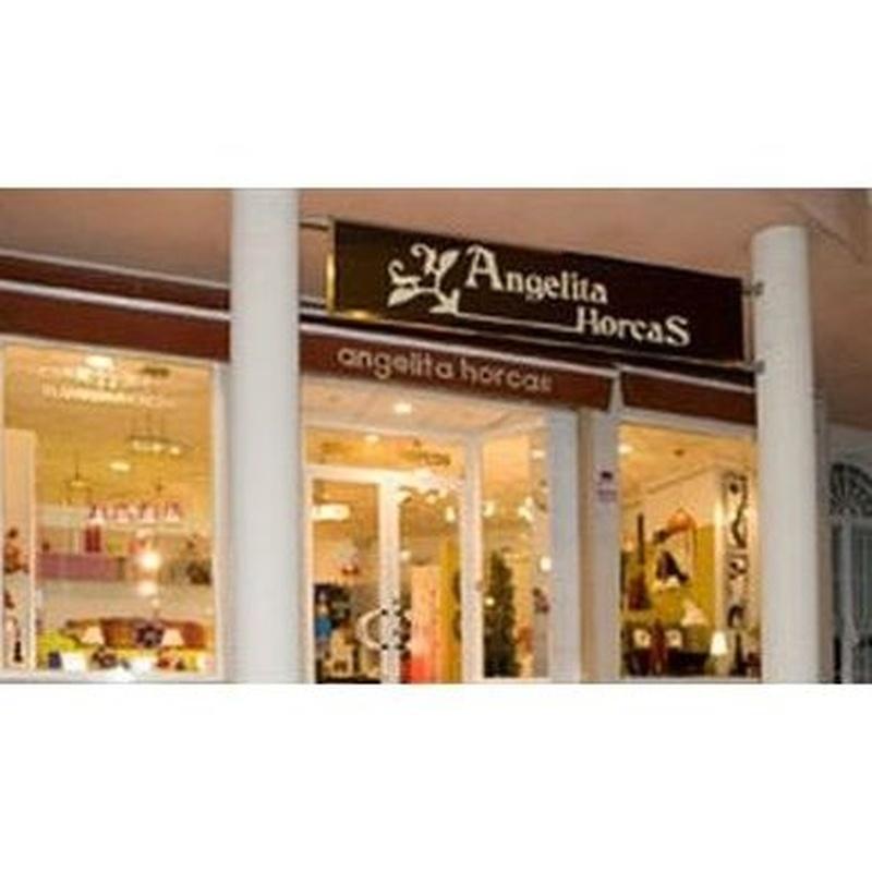 Vestidores: Paga en 24 meses sin intereses de Muebles Angelita Horcas, S. L.