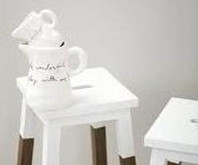 Moderniza tus muebles oscuros con la técnica Half paint en blanco