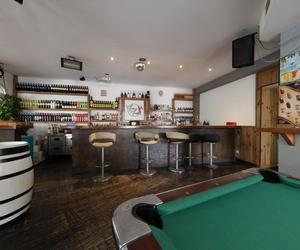 Bar de copas con buena música y el mejor ambiente
