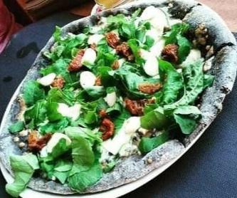 Calzoni: Carta de Rustico Pizza e Vino