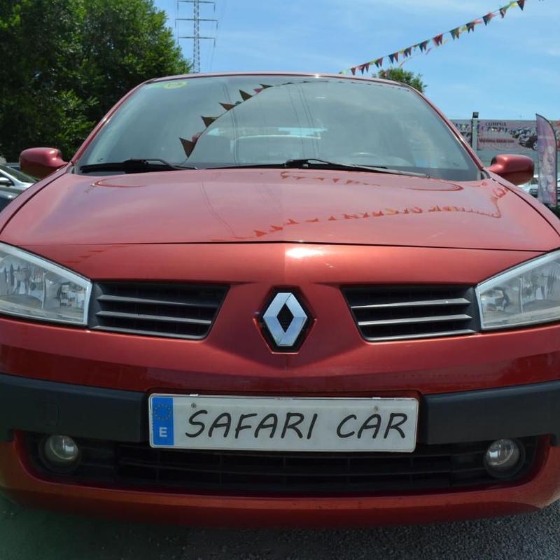 Renault Megane 1.4 Confort Authentique: Nuestros coches de Safari Car
