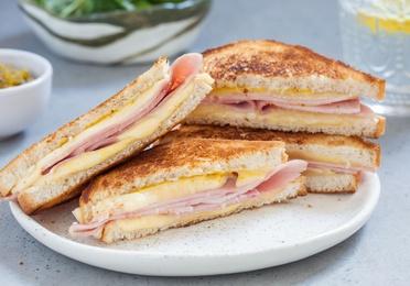 Sandwich de jamón York y queso (Mixto)