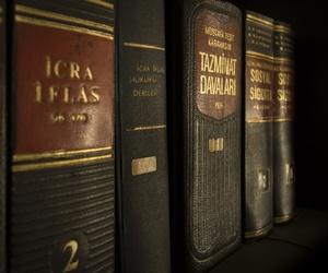 Cuatro consejos para elegir a un buen abogado penalista