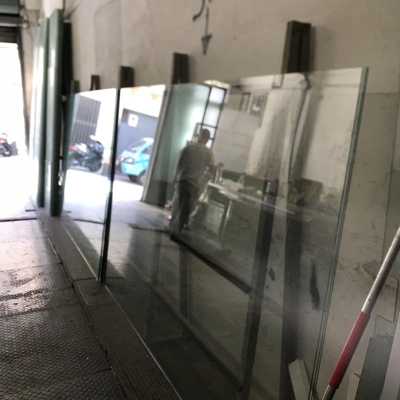 Venta de vidrio y espejos: Servicios de Home Homing