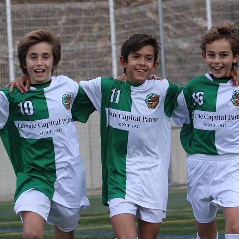 Fútbol 7  y 'Escola' : El Club de VALLDOREIX FC