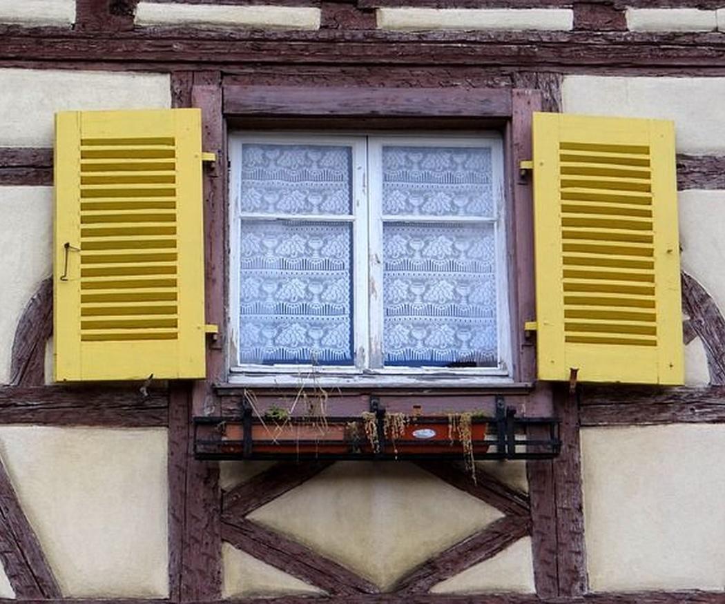 Trucos para limpiar tus persianas de PVC