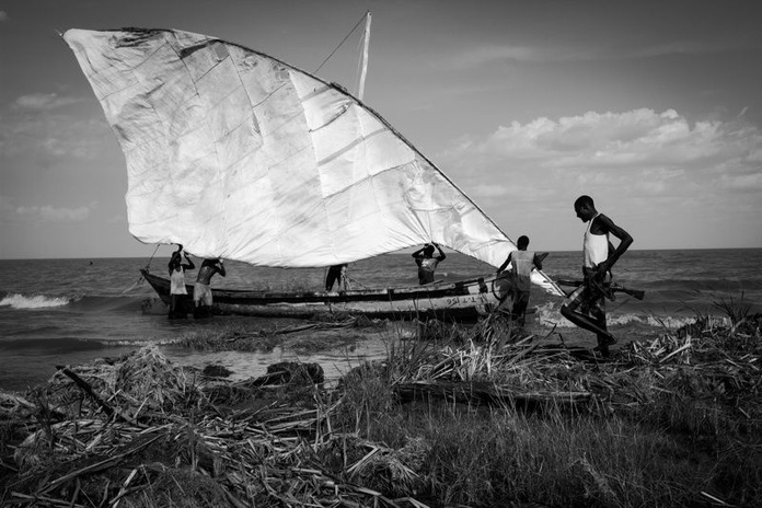 Ivan Lieman. Lucha armada por la supervivencia en Omo Valley: Exposiciones y artistas de Gazzambo Gallery