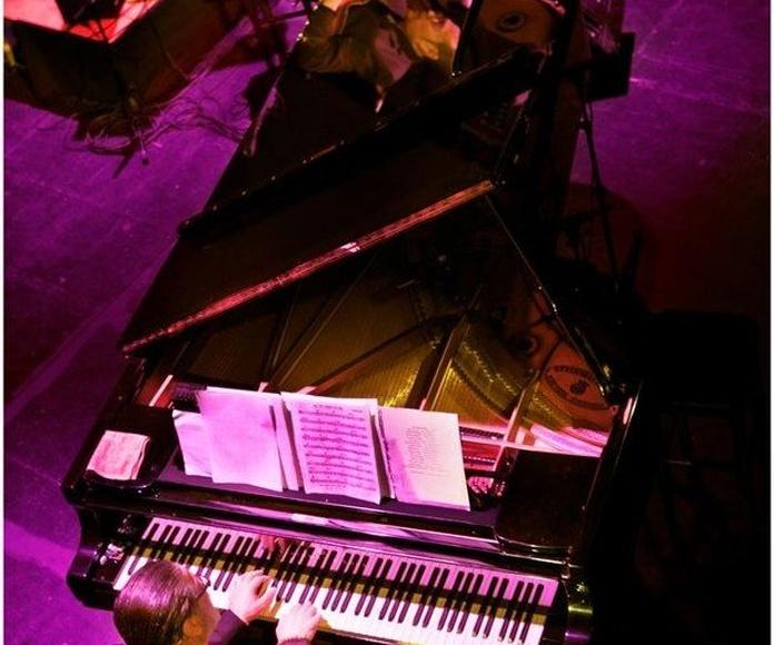 JUAN SÁNCHEZ MOLINA (En concierto)