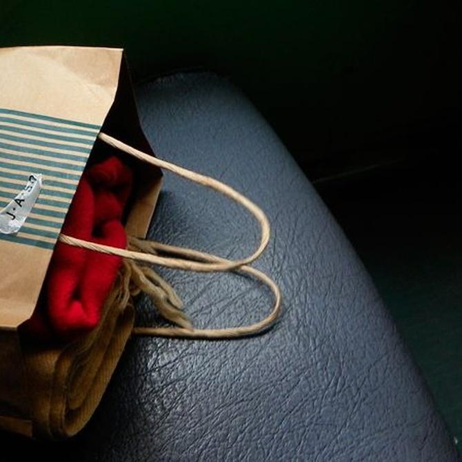 Diferentes tipos de asas para bolsas de papel