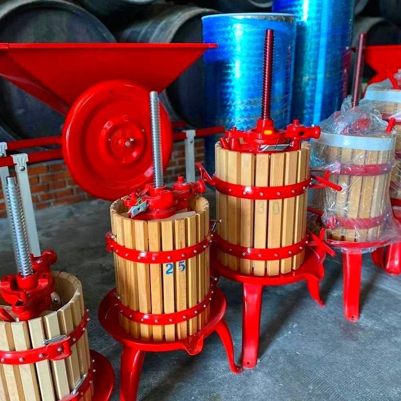 Maquinaria: Productos  de Bodegas Los Jumillanos