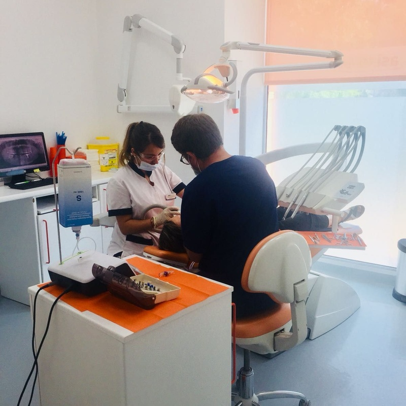 Implantologia: Servicios odontológicos de Asisa Dental Alcorcón