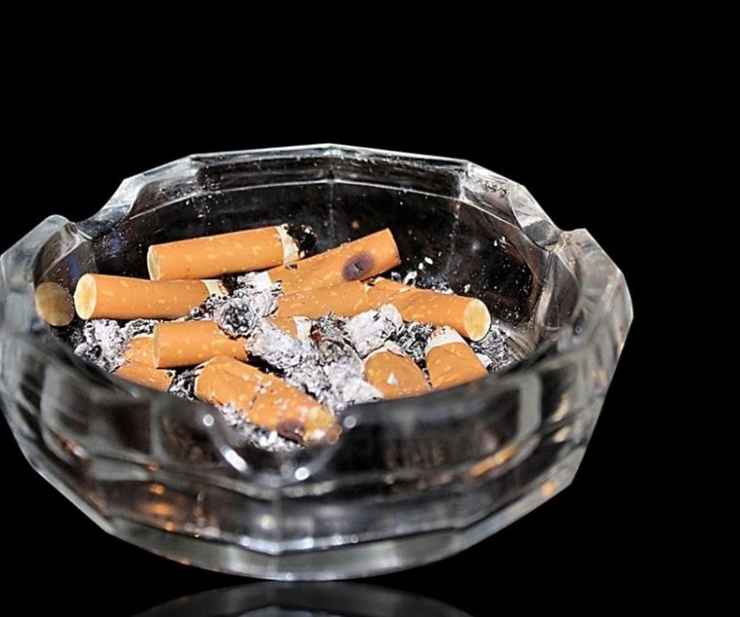¿Son legales los clubes de fumadores?