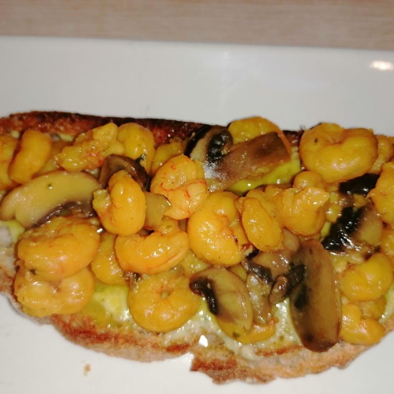 Tostas de pan artesano:  de Balcón de Floreano