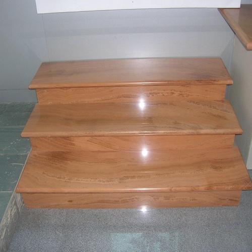 Escalera de mármol madera