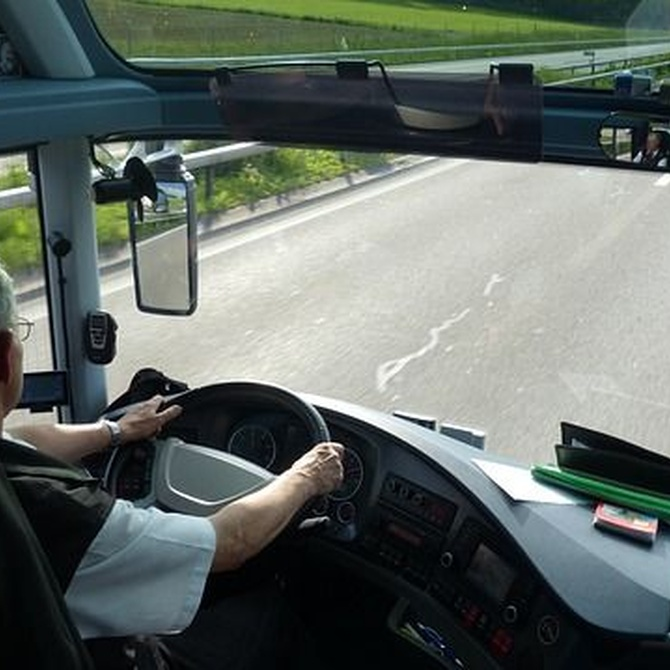 Desplazamiento en autocar, la mejor opción