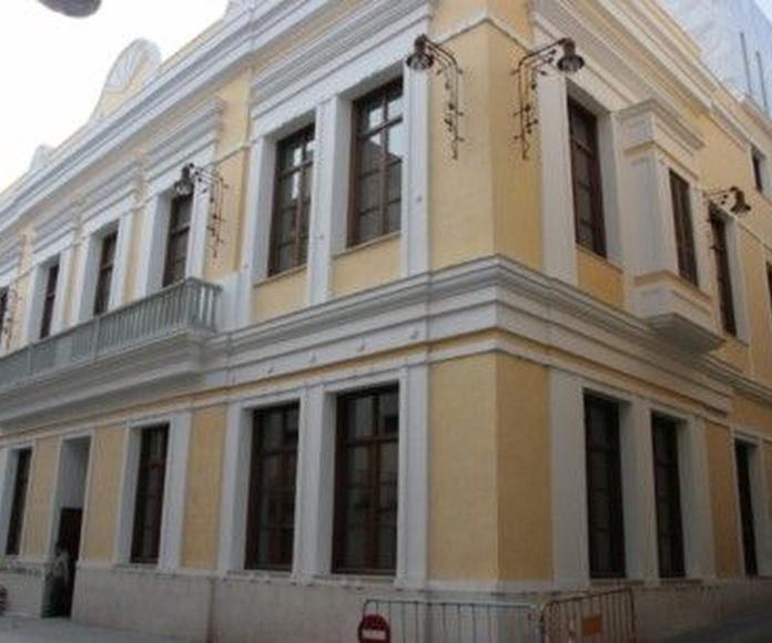 Restauración de edificios y fachadas: Servicios de Construcciones Mira & Armero S.L